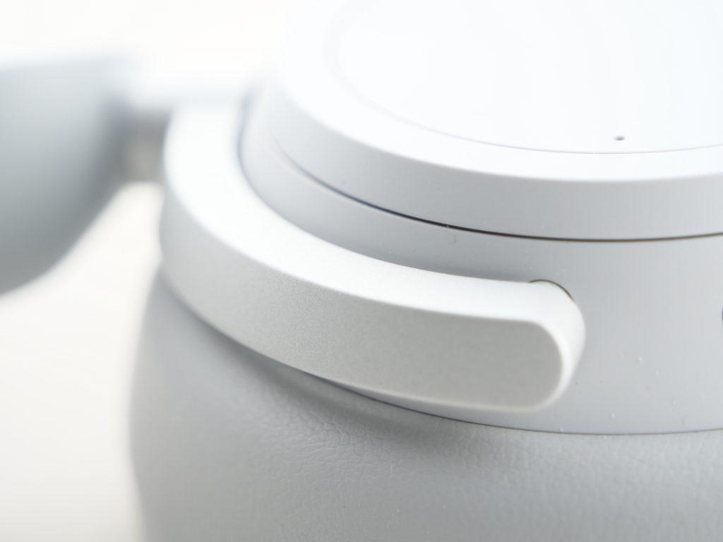 Surface headphones coques et pivot zoomés